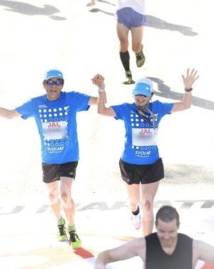 2017年ホノルルマラソンゴールは笑顔で
