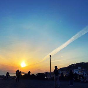 稲村ヶ崎にハシゴのような巻雲