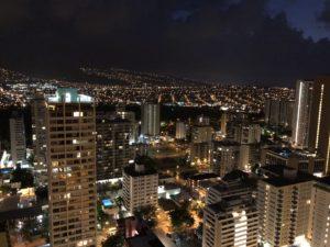宿泊ホテルのハイアットリージェンシーからの夜景