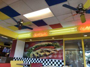 「Teddy's Bigger Burger」
