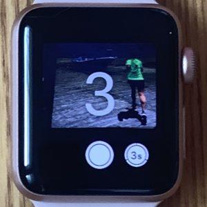 Apple Watchで撮影。3秒のセルフタイマーボタンをタップ