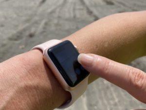 Apple Watchで撮影。Apple Watch上のプレビュー内をタップして、露出を調整