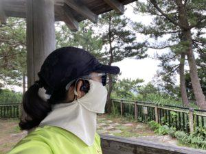 UcomxのSports headphone『G56』にサングラスとマスクのフル装備