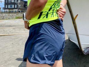 OnのRunning Shorts (2018モデル)にスマホ