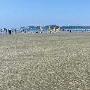 水が引いた和賀江島の海底