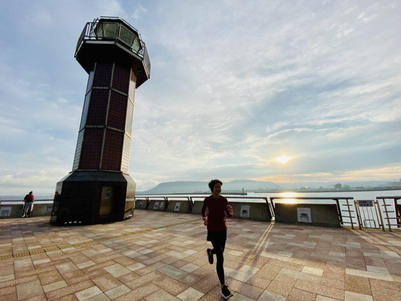 高松港の灯台