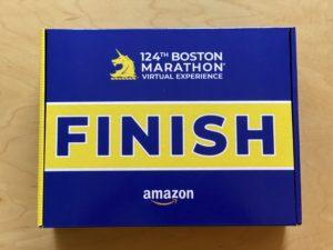 第124回ボストンマラソンバーチャルエクスペリエンスのポストレースパッケージのBOX