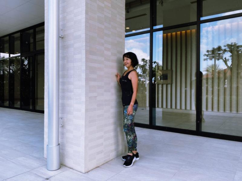 マイティソロを着て沖縄の北谷ビーチヒルトンホテルで1