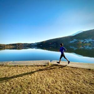 白樺湖の映り込み