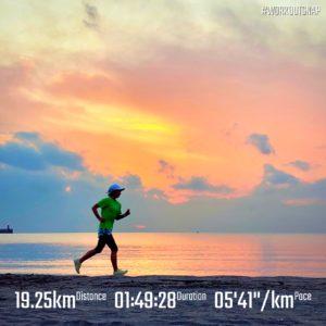 "【6'02""/kmで8km+5'20""/kmで8km+5'46""/kmで3.2km】逗子海岸"