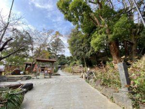 葛原岡神社への参道
