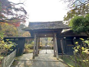 東慶寺入口