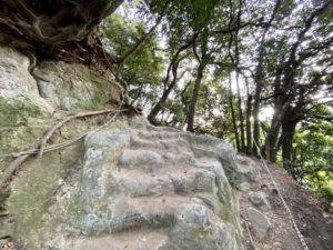 大仏ハイキングコース案内板7鎖場3