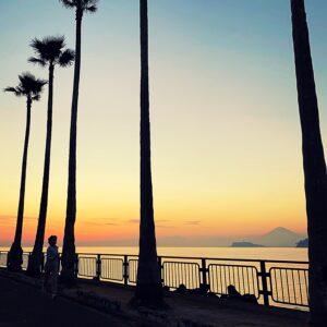 逗子マリーナから見た江の島&富士山