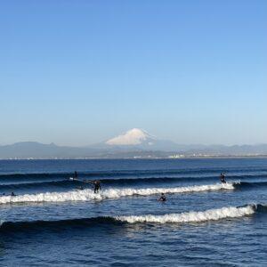 江の島から見た富士山