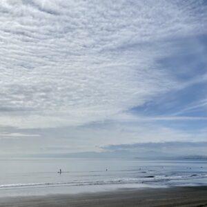 鵠沼海岸の雲
