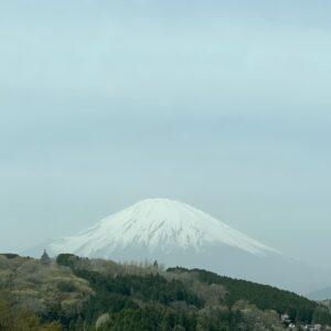 新東名から見た富士山