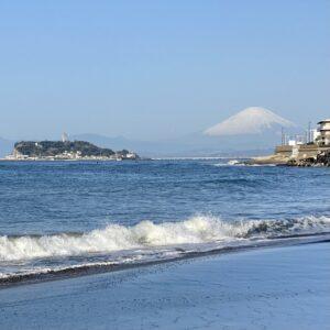 稲村ヶ崎から見る富士山