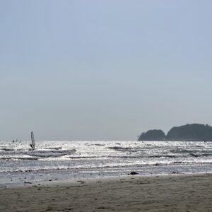 材木座海岸のウィンドサーフィン1