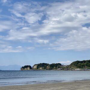 材木座海岸から見る富士山
