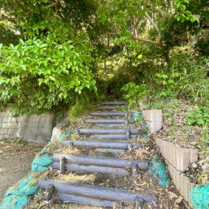 稲村ヶ崎の急階段3