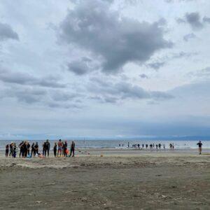 材木座海岸で救護訓練