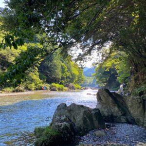 黒茶屋敷地内の河原を散策1
