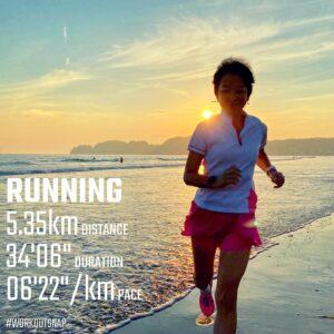 "8月26日(木)【5.35km(6'23"")】in材木座海岸"