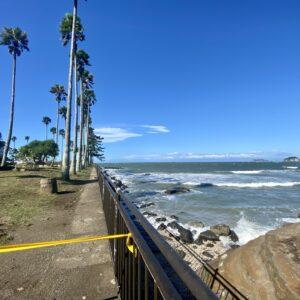 逗子マリーナの海沿いは立ち入り禁止