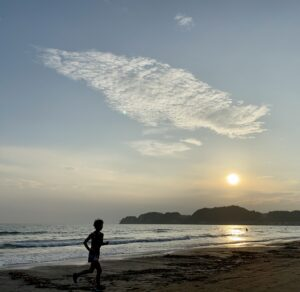 "8月23日(月)【6.07km(5'48"")】in材木座海岸"